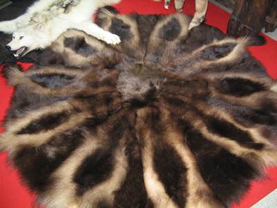 меховой плед из лисы